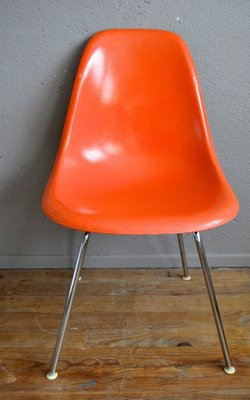 Vintage Herman Miller Chairs >> Vintage Orange Dsx Chairs By Charles Ray Eames For Herman Miller 1960s Set Of 4