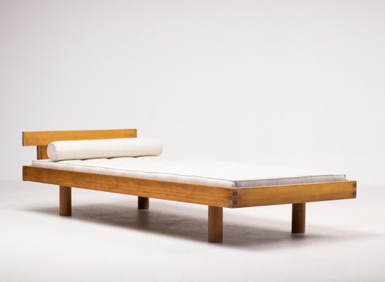 12283c28e1d7 Vintage Daybed by Pierre Chapo for sale at Pamono