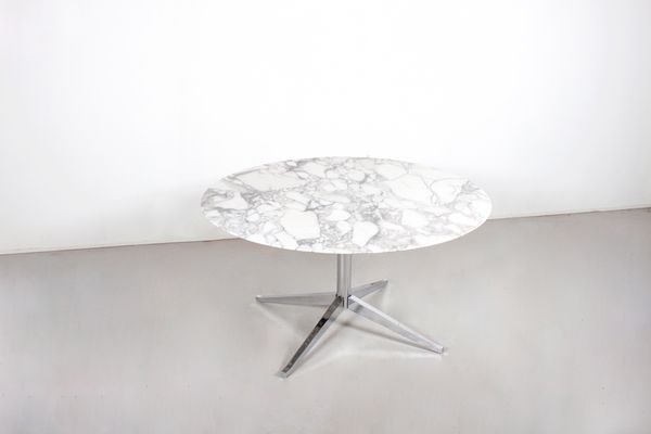 Vintage Round Marble Dining Table By Florence Knoll For Knoll International  1