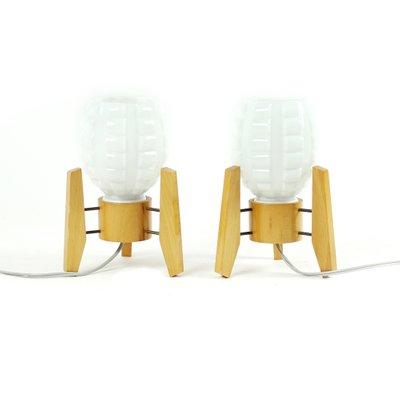 Lampade da tavolo in legno e vetro bianco di Drevo Humpolec, anni ...