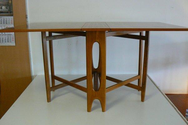 Tavolo Da Pranzo Pieghevole.Tavolo Da Pranzo Vintage Pieghevole Di Bendt Winge Per Kleppe Moblefabrikk Anni 60 In Vendita Su Pamono