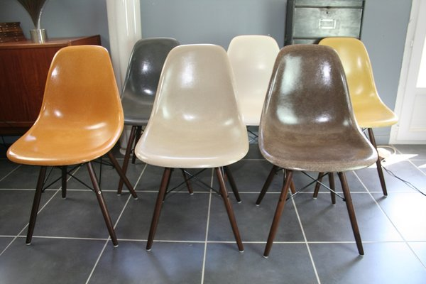 Genial DSW Fiberglass Chairs By Charles U0026 Ray Eames For Herman Miller, 1960s, Set  Of