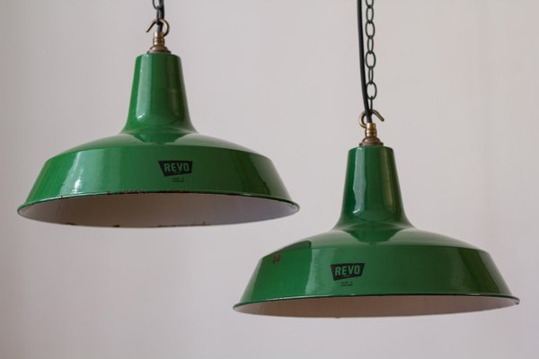 Lampada Ufficio Verde : Lampada vintage da fabbrica smaltata verde di revo in vendita su