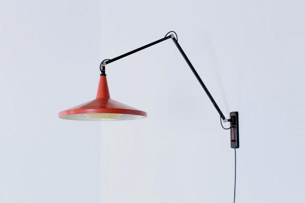 Lampada da parete panama vintage regolabile nera e rossa di wim