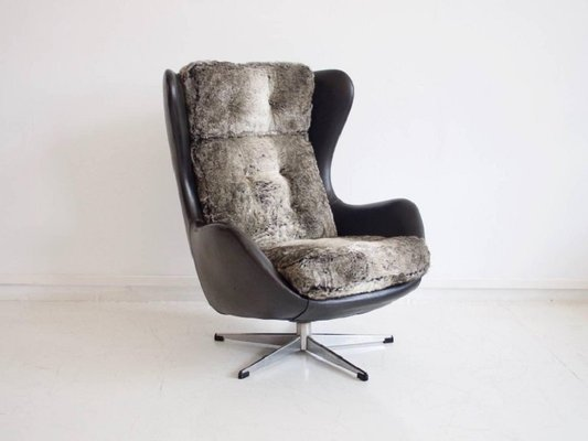 Gentil Vintage Danish Swivel Armchair Upholstered With Black Leather And Faux Fur 2