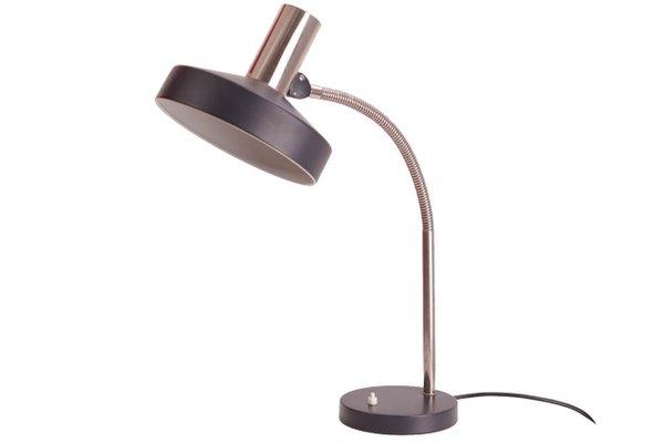 Lampe de bureau avec abat jour noir de kaiser leuchten s en