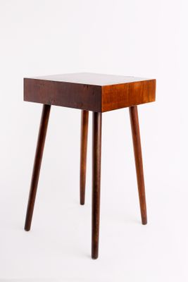 Small Vintage Brutalist Walnut Veneer Side Table 1