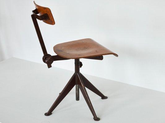 Chaise De Travail Vintage Pivotante Par Jean Prouve 4
