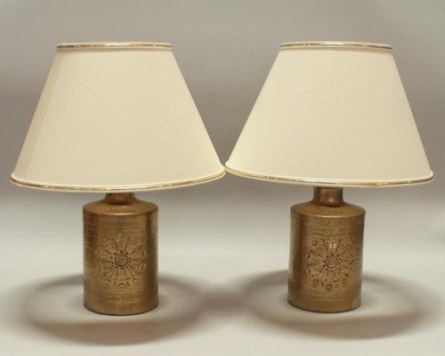 Merveilleux Vintage 22 Karat Gold Glazed Ceramic Table Lamps By Bitossi For Bergboms,  Set Of 2