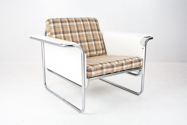 Danish Lounge Chair With White Bent Plywood Armrests, 1960s 1