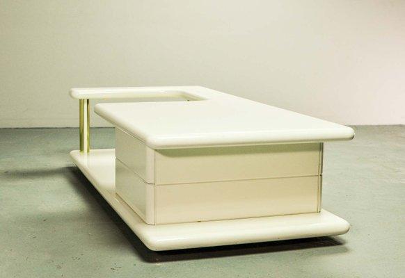 Table Basse Mid Century En Laiton Et Vernis Brillant Blanc Italie