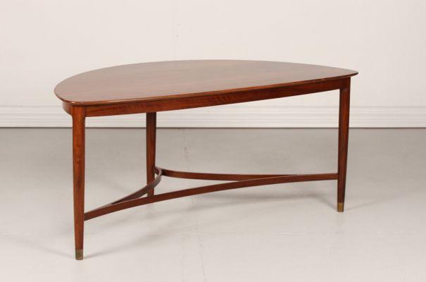 Ordinaire Danish Triangular Coffee Table, 1950s 1