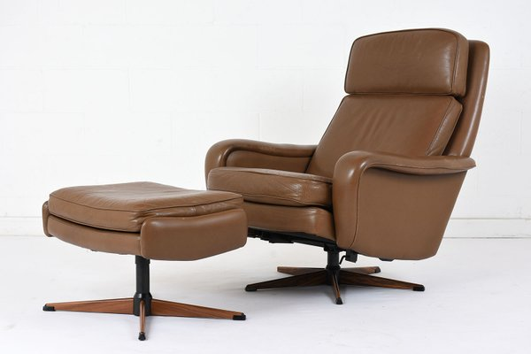 Awesome Vintage Leather Lounge Chair And Ottoman 1960S Ibusinesslaw Wood Chair Design Ideas Ibusinesslaworg