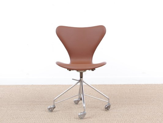 Mid Century Modern Model 3117 Desk Chair By Arne Jacobsen For Fritz Hansen 1969