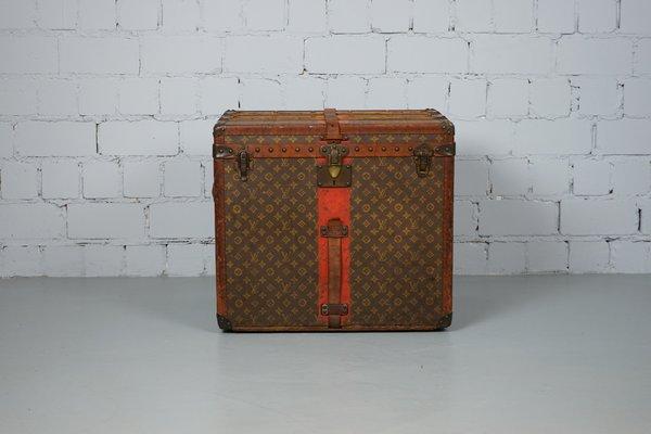 557f941b94be Caja sombrerera vintage con monograma de Louis Vuitton