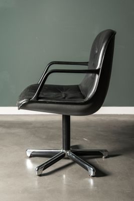 Vintage Black Leather Executive Chair By Charles Pollock For Knoll 2