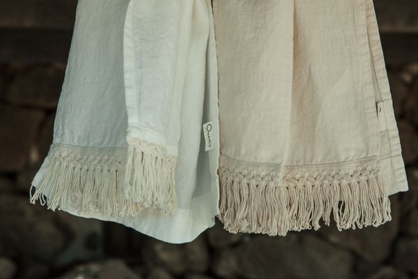 Linen Bath Towels With Long Fringe By Once Milano Set Of 2 For Sale
