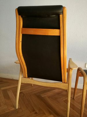Beau Vintage Leather Chair With Footrest From Swedese 4