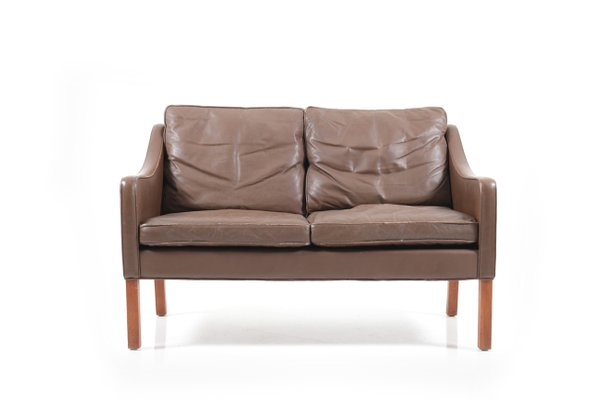 Model 2208 Leather Sofa By Børge
