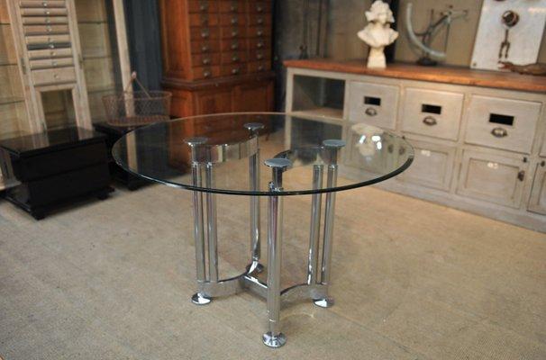 Tavolo rotondo in metallo cromato e vetro, anni \'70 in vendita su Pamono