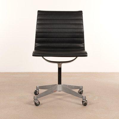 Lieblich Schwarzer Schreibtischstuhl Von Charles U0026 Ray Eames Für Herman Miller,  1950er 1