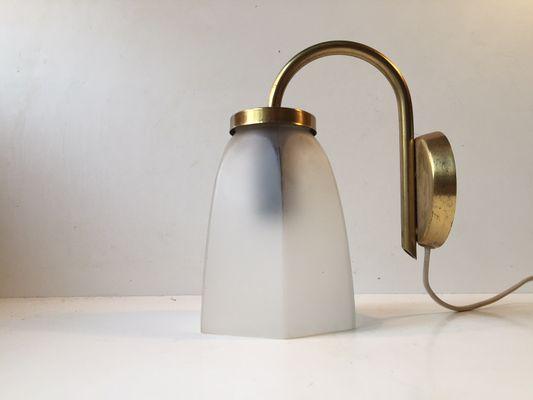 Lampada Vintage Da Parete : Lampada da parete vintage in ottone e vetro satinato di lyfa