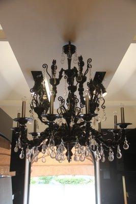 Lampadario grande modello Taif in vetro di Murano nero e ametista di ...