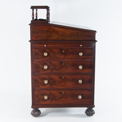 Antique English Late Regency Period Davenport Mahogany Desk 1 - Antique English Late Regency Period Davenport Mahogany Desk For Sale