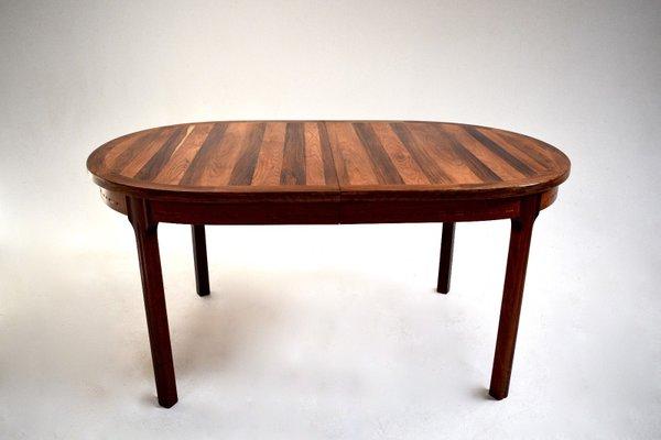 Mesa de comedor ovalada de palisandro de Nils Jonsson para Hugo ...