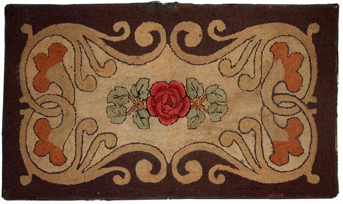 Handmade American Hooked Rug 1900s