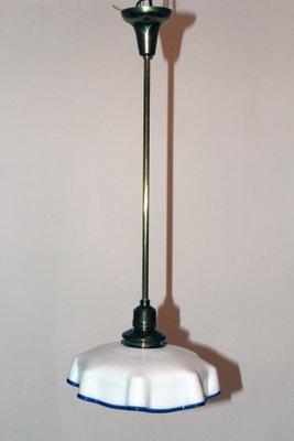 Lampada da cucina vintage in vetro opalino in vendita su Pamono