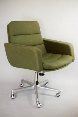 Chaise Pivotante De Bureau Par Geoffrey Harcourt Pour Artifort 1960s 9
