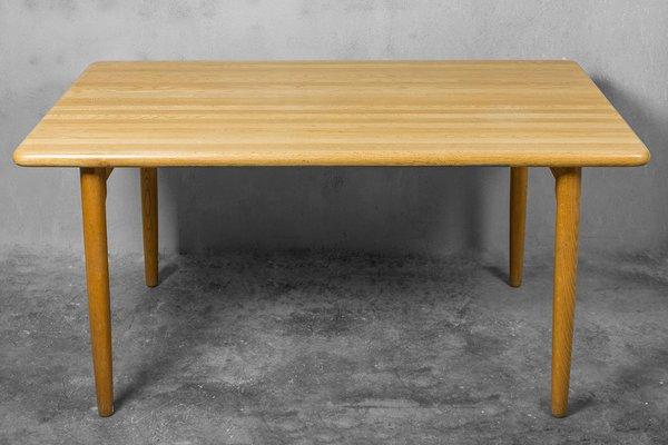 Mesa de comedor danesa de roble macizo de Niels Otto Møller para ...