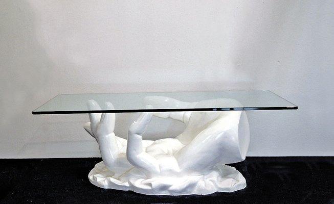 Tavolino da caffè a forma di mano con ripiano in cristallo ...