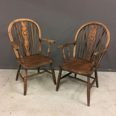 Antique Windsor Chairs, Set Of 2 2