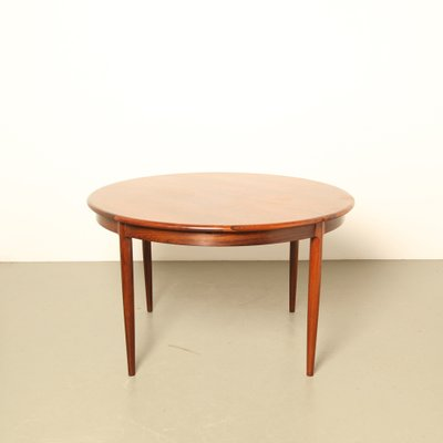 Model 15 Rosewood Dining Table By N O