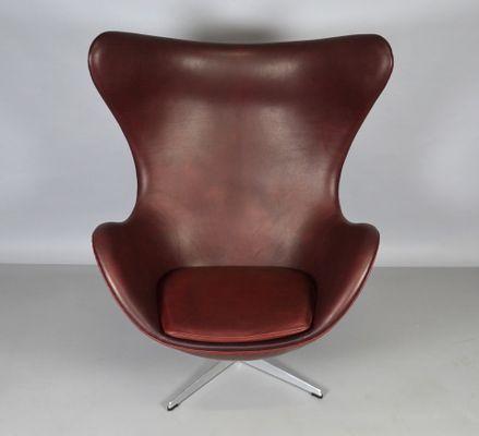 Leather Egg Chair By Arne Jacobsen For Fritz Hansen, 1965 2