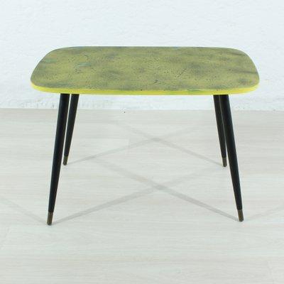 Table Basse Noire & Jaune, 1950s en vente sur Pamono