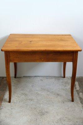 Merveilleux Biedermeier Cherrywood Table, 1830s 2