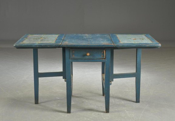 Antique Swedish Painted Folding Table 1 - Antique Swedish Painted Folding Table For Sale At Pamono