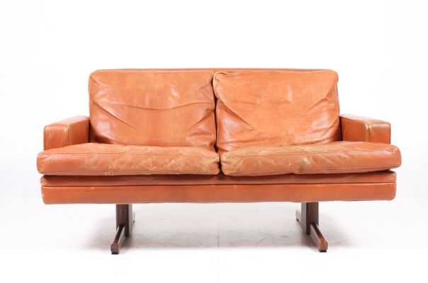 2 Seater Leather Sofa By Fredrik A. Kayser For Vatne Møbler, 1960s 1