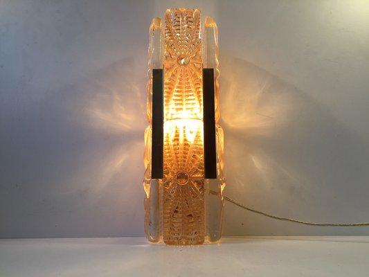 Applique aladdin in vetro color ambra ed ottone di vitrika anni 60