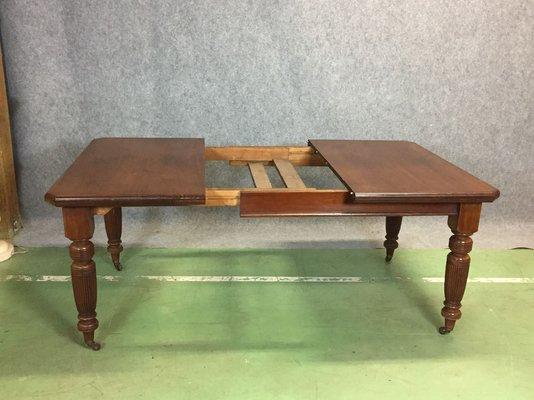 Viktorianischer Walnuss Tisch 19 Jh Bei Pamono Kaufen