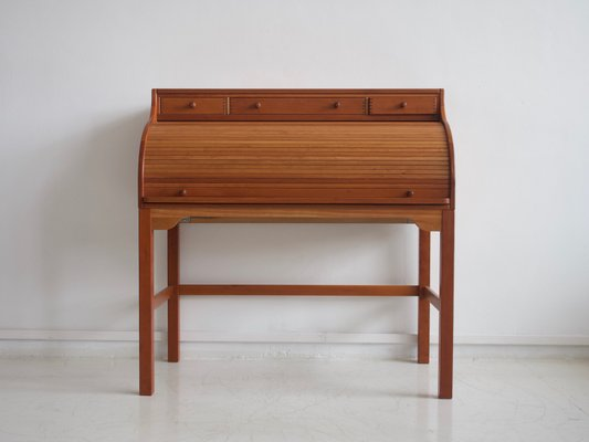 Vintage Solid American Cherry Writing Desk By Andreas Hansen
