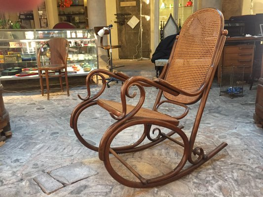 Antique Rocking Chair from Thonet 1 - Antique Rocking Chair From Thonet For Sale At Pamono