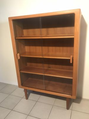 Mid Century Danish Teak Display Cabinet From Dyrlund For Sale At Pamono
