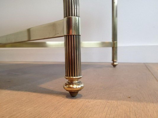 Tavolino da caffè rettangolare in ottone con ripiano in vetro