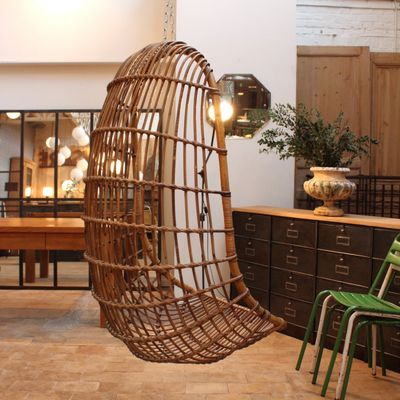 Hängender Rattan Egg Chair, 1960er 2