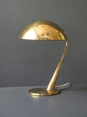Lampada Da Scrivania In Ottone.Lampada Da Tavolo In Ottone Di Kaiser Idell Anni 50 In Vendita Su