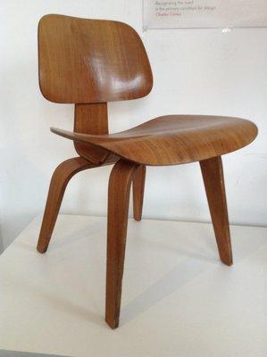 f21d137a589 Chaise de Salon DCW Vintage par Charles   Ray Eames pour Vitra en ...
